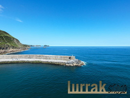Breakwater. Orio, Basque Country, Spain