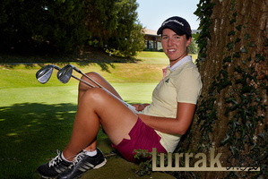 Carlota-Ziganda-Golf-Sticks